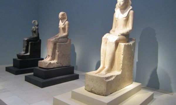 Статуи царицы Хатшепсут. Музей Метрополитен Нью-Йорка