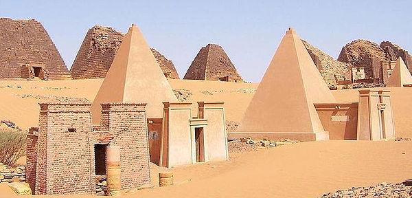 Пирамиды Мероэ. Древняя Нубия