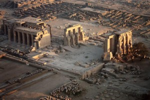 Храм Рамессеум