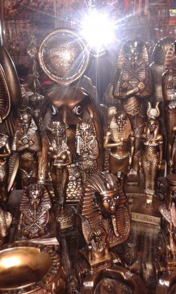 Культы Древнего Египта. Современные статуи
