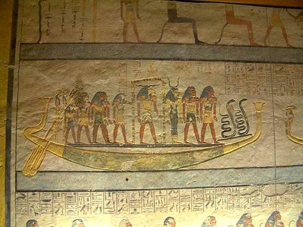 солнечная лодка фараона