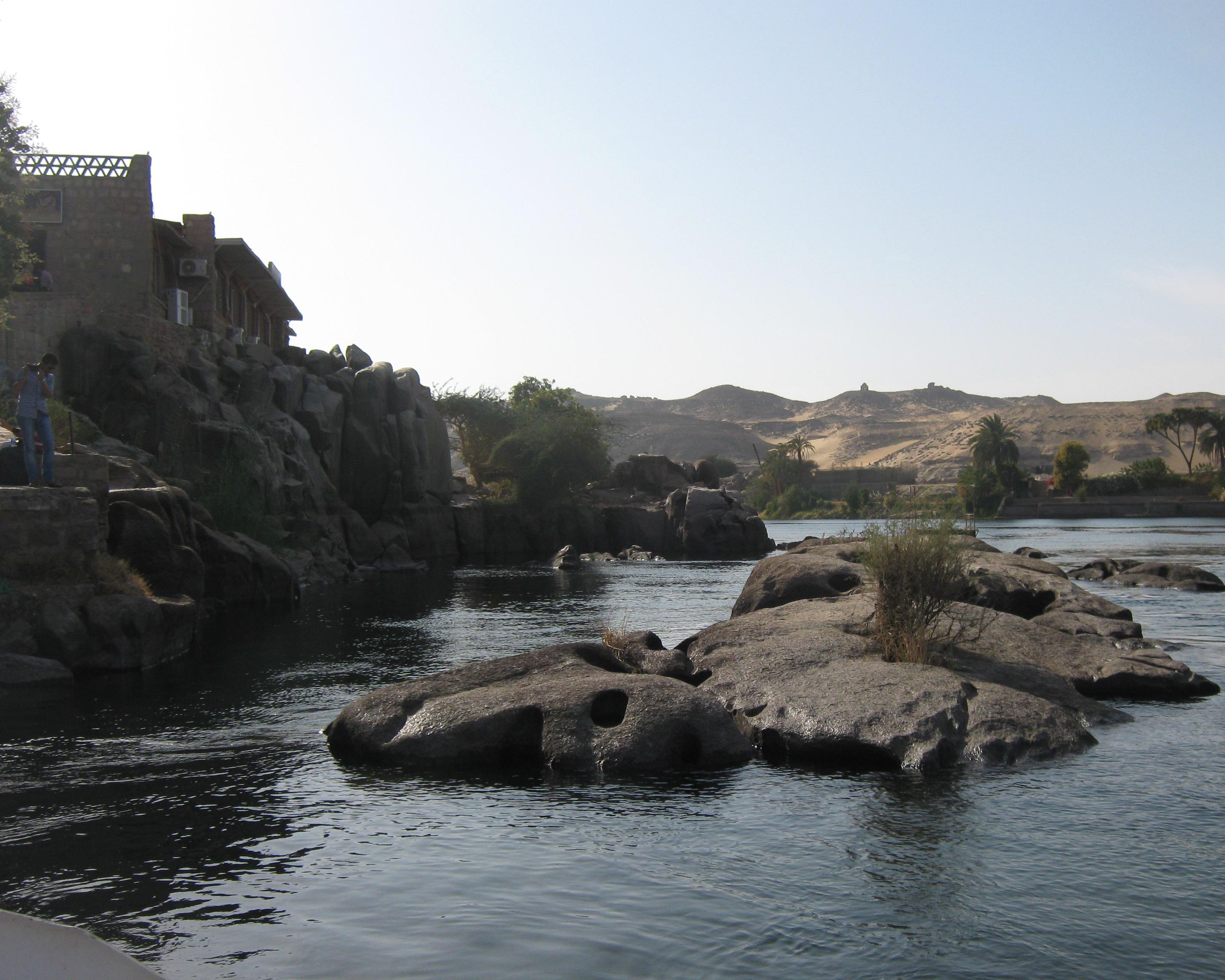 Как стирали одежду в древнем Египте   Нил, Асуан 63fe13f4215