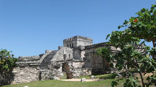 Пирамида Луны народов Майя
