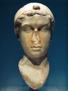 Cleopatra-Bust-112140359a