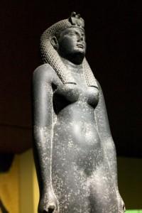 Статуя Клеопатры VII