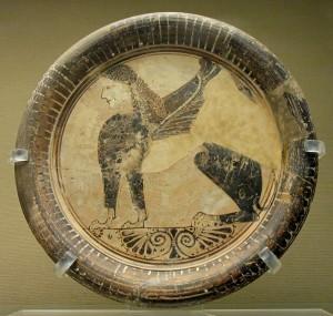 Греческое блюдо с изображением Сфинкса