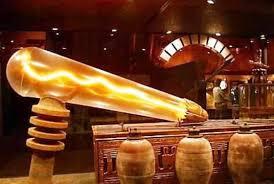 Лампочка Крукса. Подобие схемы в храме Дендера.