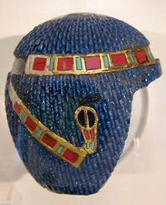 http://drevniy-egipet.ru/wp-content/uploads/2014/10/history_jewelry_ancient_egypt_wig_diadem-243x300.jpg