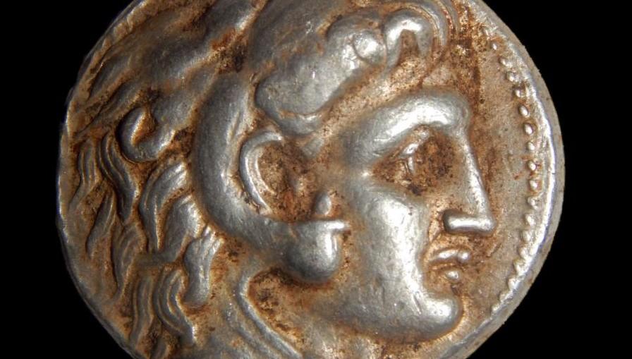 Серебрянная монета Александра Макдонского фото