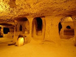 Подземный город Деринкуй, Турция