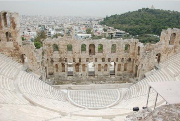 колизеи греции
