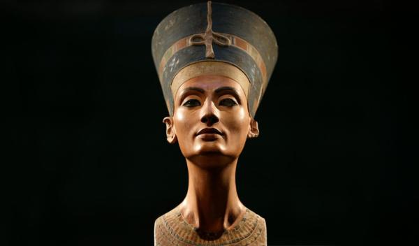 гробница нефертити