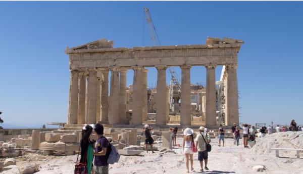 Акрополь в древних Афинах