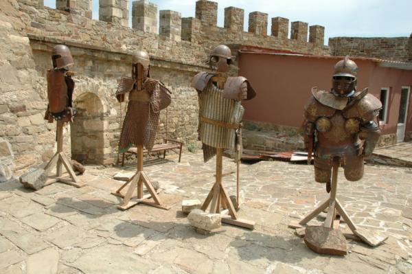Генуэзская крепость музей Крыма